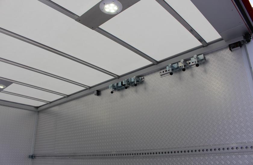 Innenraum Detail Befestigungselemente